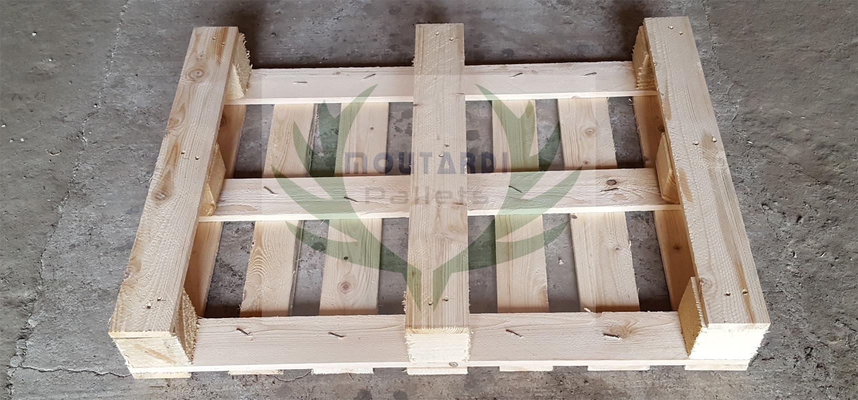 800x600 mm. pallet from spurce
